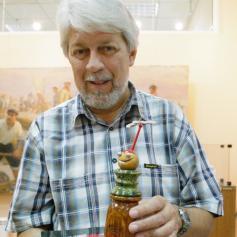 бердянский карикатурист Сергей Семендяев получил Клёвый поплавок